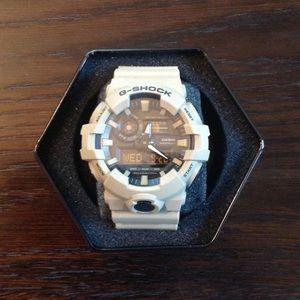 BRAND NEW Casio G-Shock Watch